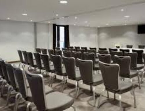 Commercial cleaning of banquetting, bar & restaurant chairs